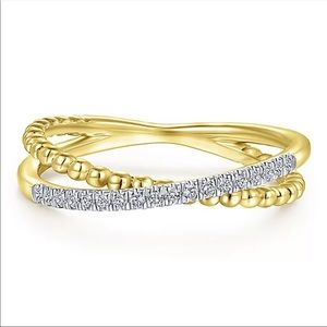 New Delicate Yellow Gold Twist Style Diamond Ring